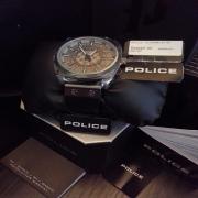 Jam Tangan sebagai hadiah hantaran  untuk pasangan lelaki