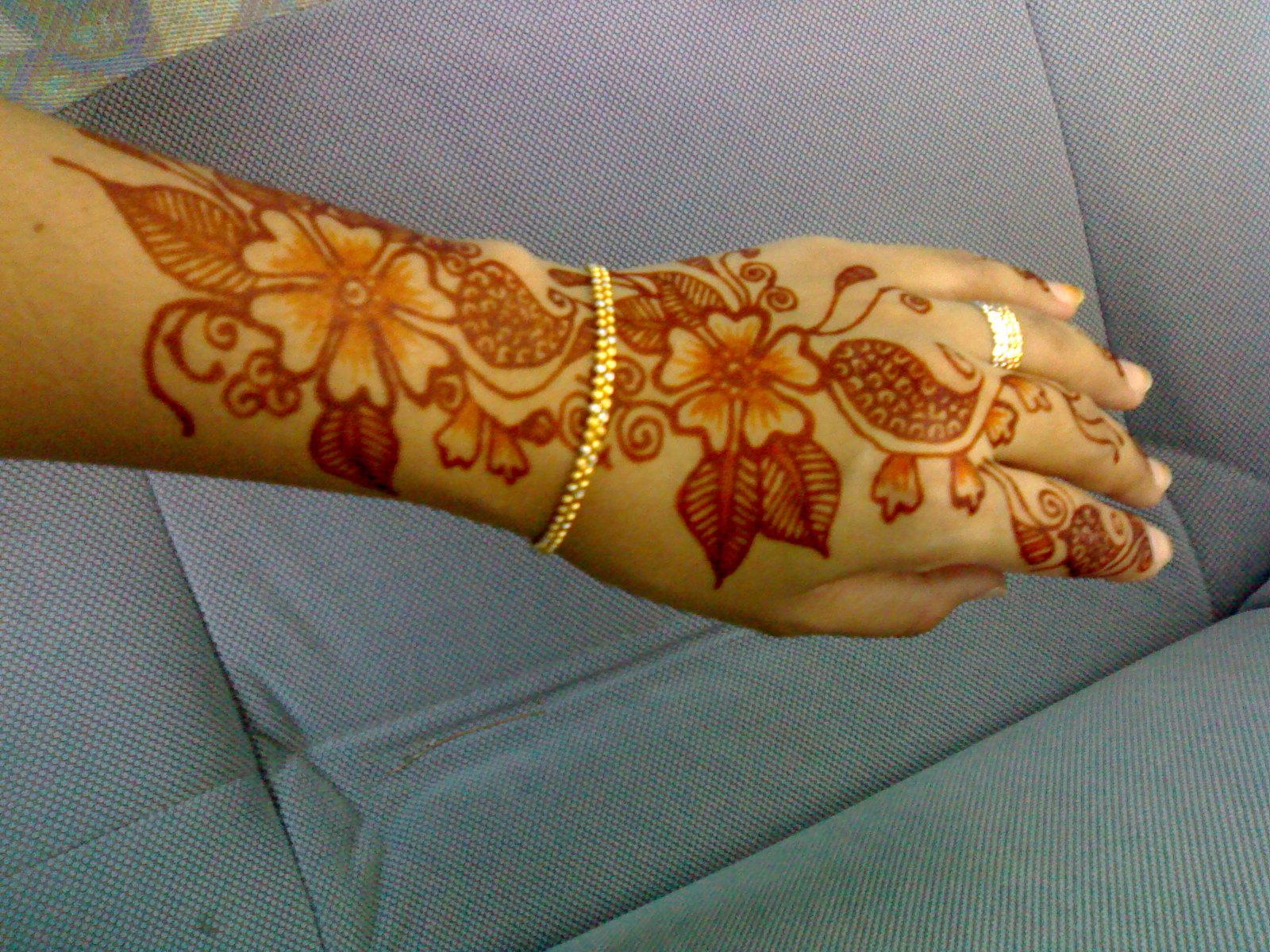 Khidmat Lukisan Inai 3D Perkahwinan, Pertunangan & Air Brush Temperory ...