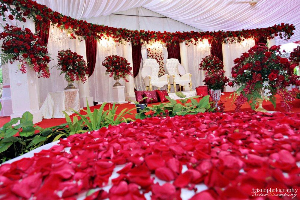Dpesona bridal house butik pengantin di johor bharu johor for Classic bridal house johor